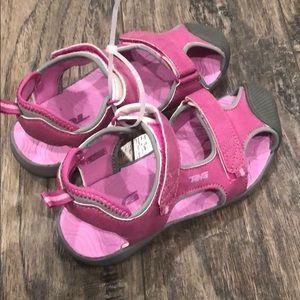 231406d28b16dd Teva Shoes - ❣️NEW❣️Teva Toachi Bumper Toe Sanals